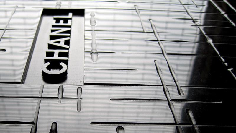 Technologie 'Super Deep' pour une réalisation Chanel